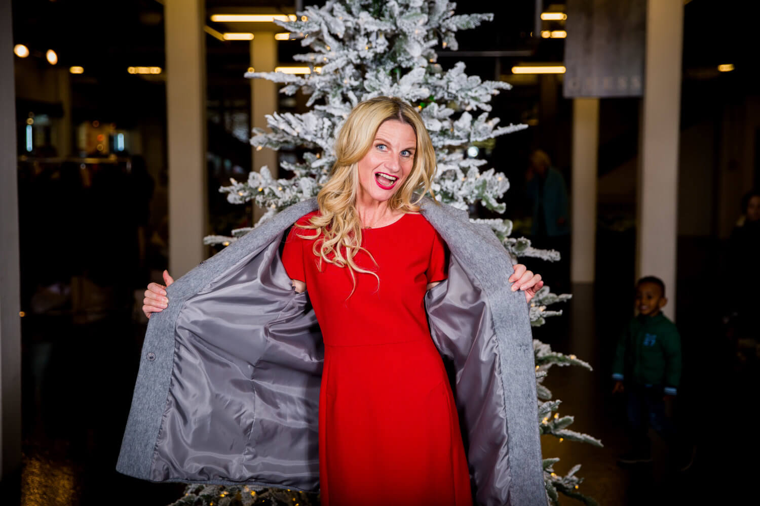 How to Style Your Holiday Look with a Difference: Ageless Style Linkup