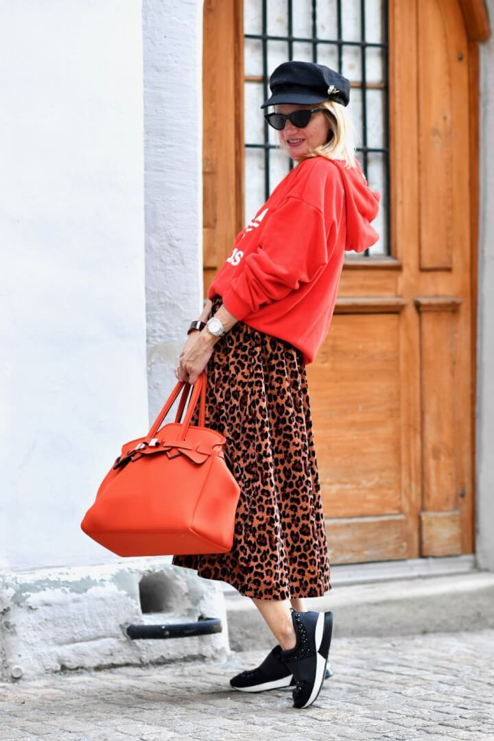 The Out of the Box Way to Style a Cute Leopard Skirt