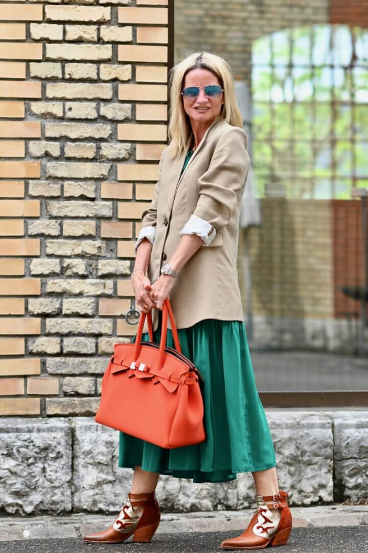How to wear colours to make you happy