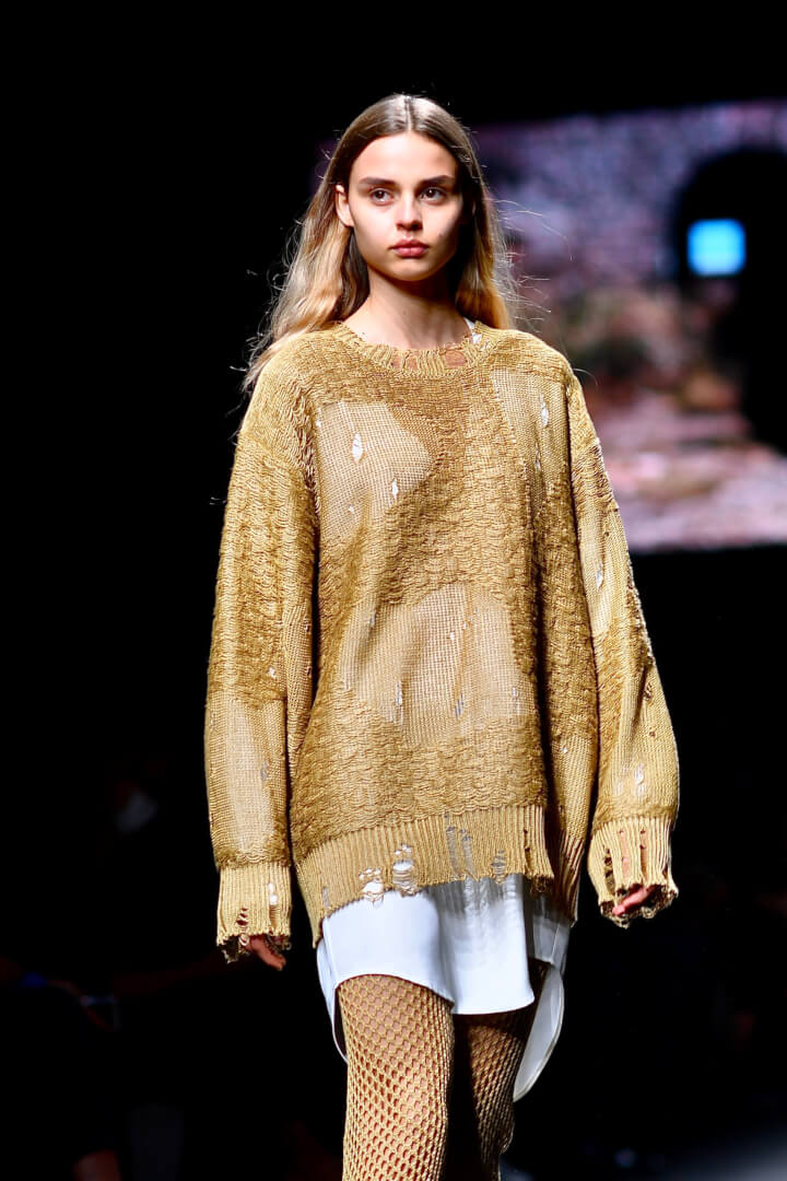 Contemporary Style with an Edge - Milan Fashion Week Shows Us How