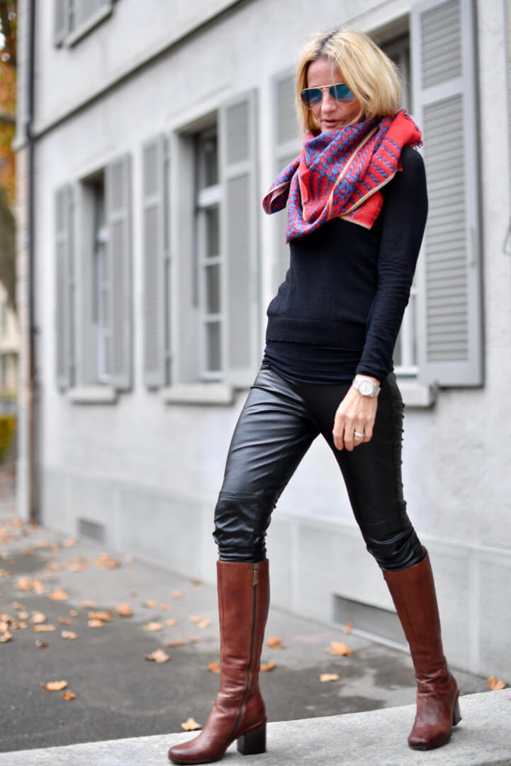 Never Underestimate the Powers of a Scarf!